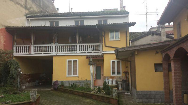 Soluzione Indipendente in vendita a Castel San Giovanni, 7 locali, prezzo € 450.000 | Cambio Casa.it