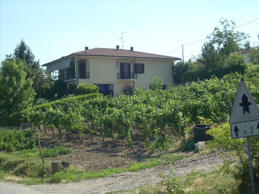 Soluzione Indipendente in vendita a Canevino, 6 locali, prezzo € 330.000 | Cambio Casa.it