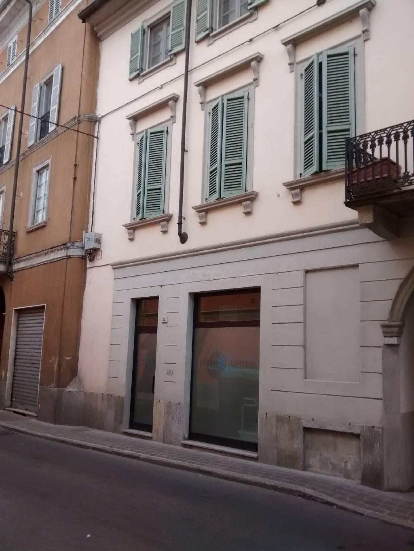 Negozio / Locale in affitto a Stradella, 2 locali, prezzo € 500 | Cambio Casa.it