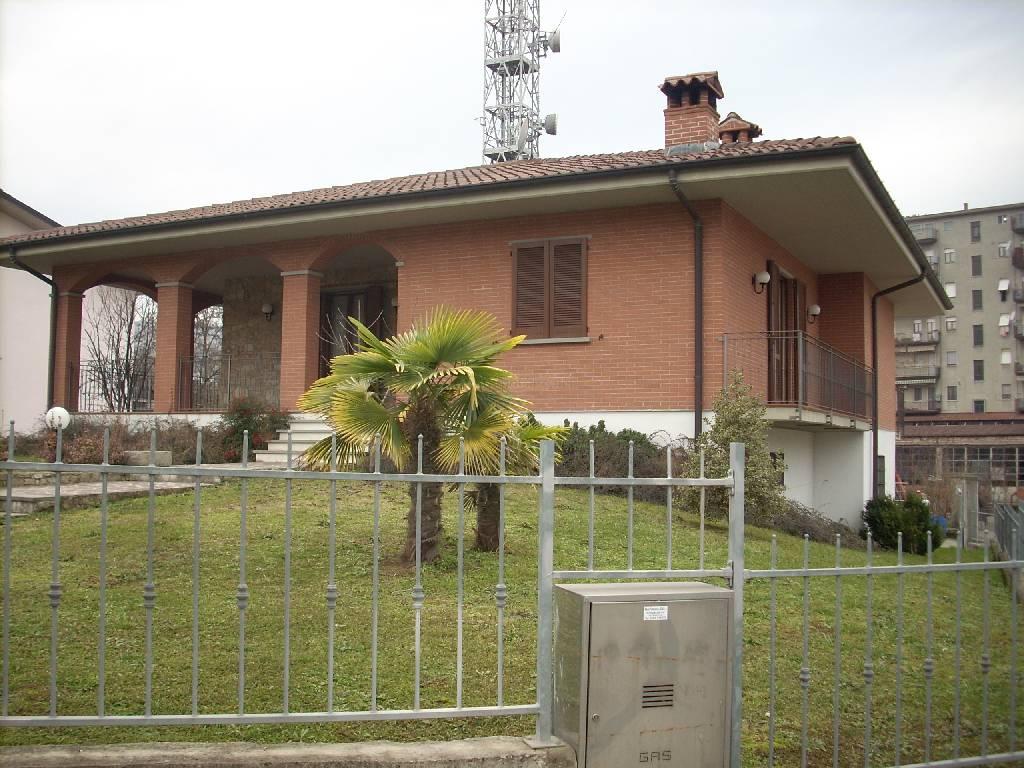 Villa in Vendita a Santa Maria della Versa