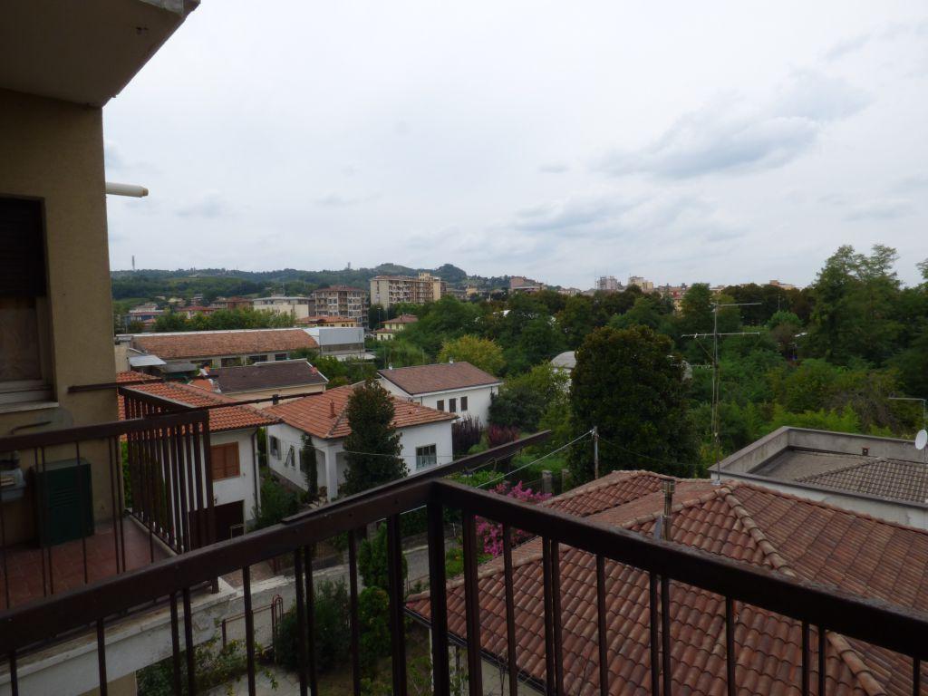 Bilocale Stradella Via Bianchi 1