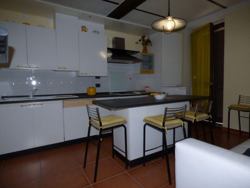 Soluzione Indipendente in affitto a Stradella, 3 locali, prezzo € 500 | PortaleAgenzieImmobiliari.it