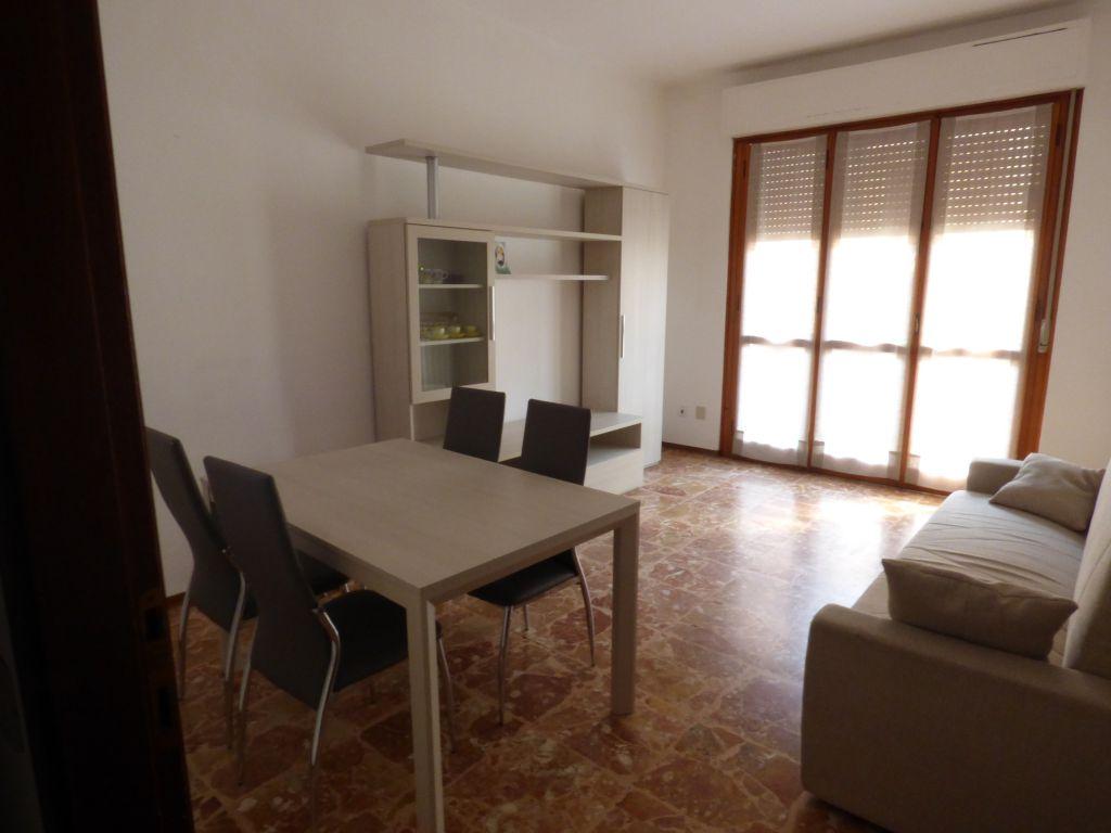 Appartamento trilocale in affitto a Stradella (PV)