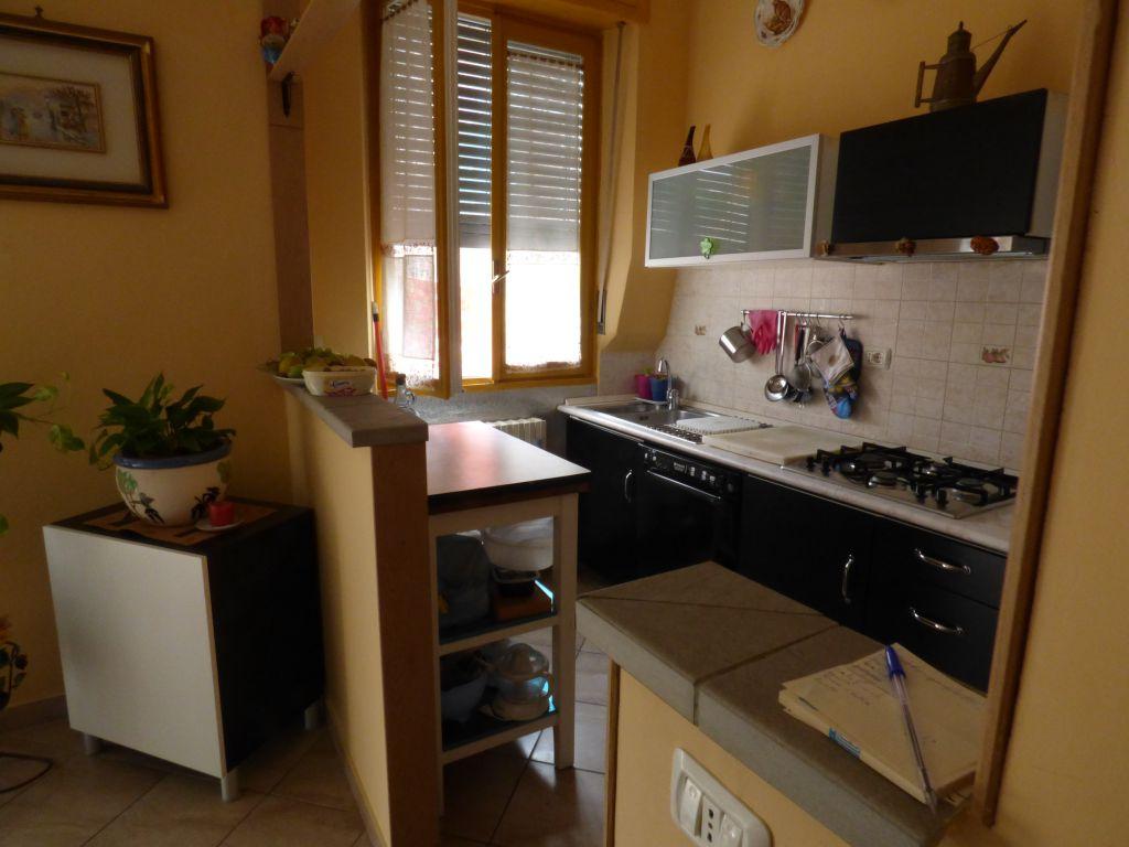 Appartamento in vendita a Stradella, 4 locali, prezzo € 145.000 | Cambio Casa.it