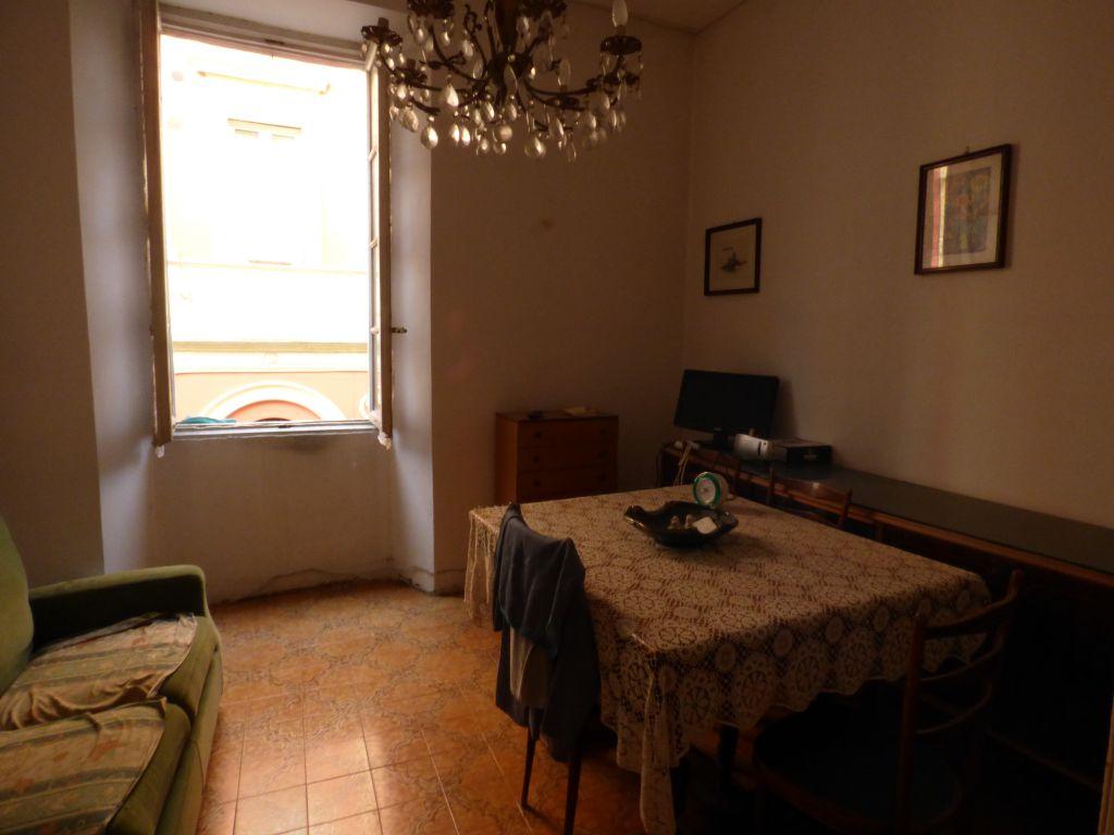 Bilocale Stradella Via Palestro 2
