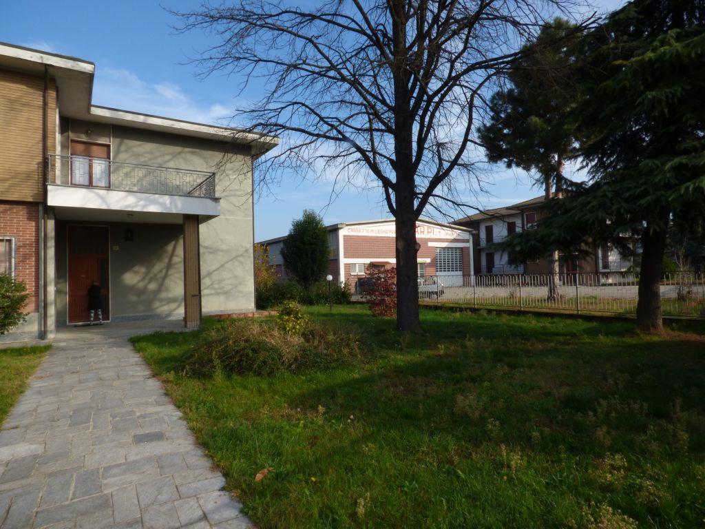 Villa in vendita a Stradella, 12 locali, prezzo € 600.000 | Cambio Casa.it
