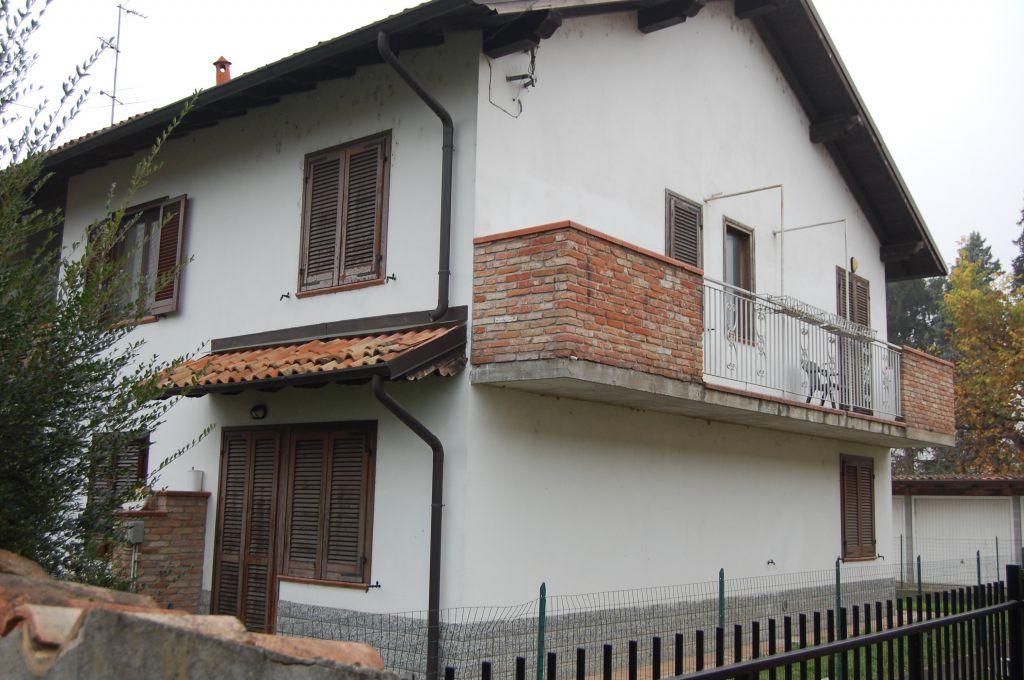 Villa a Schiera in Vendita a Mezzanino