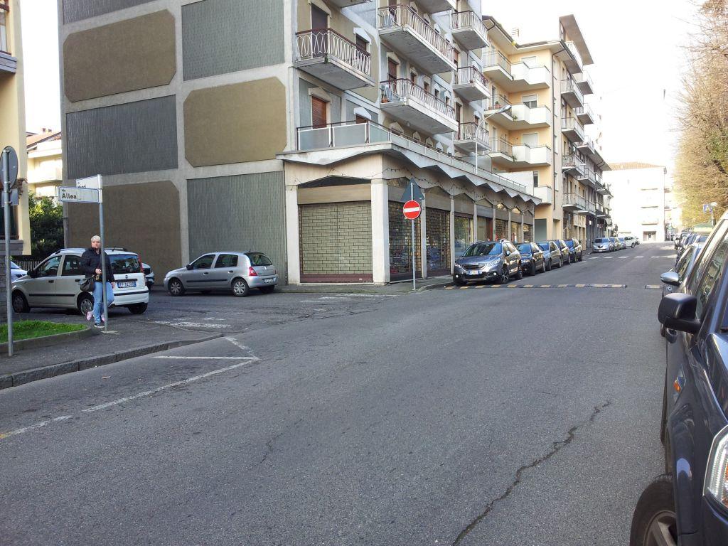 Negozio / Locale in Affitto a Stradella