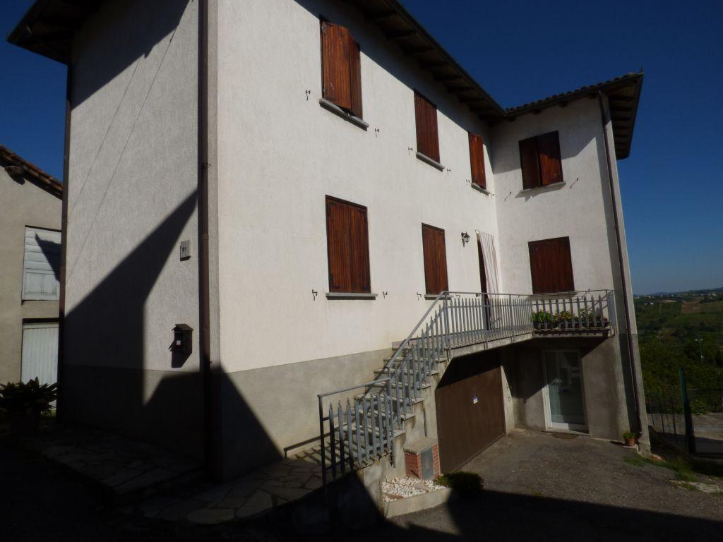 Soluzione Indipendente in vendita a Rovescala, 5 locali, prezzo € 380.000 | Cambio Casa.it