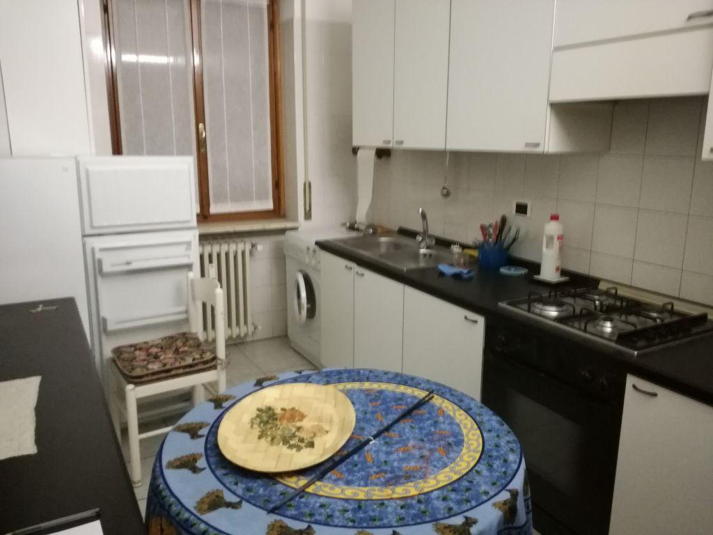 Appartamento in affitto a Stradella, 4 locali, prezzo € 500 | Cambio Casa.it