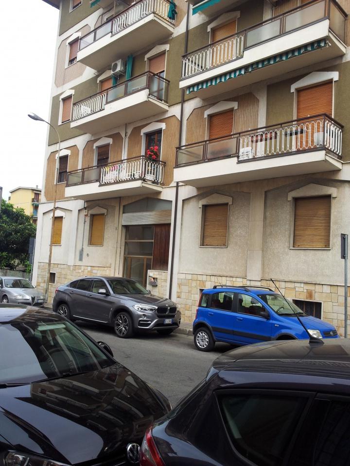 Appartamento da ristrutturare in affitto Rif. 7999454