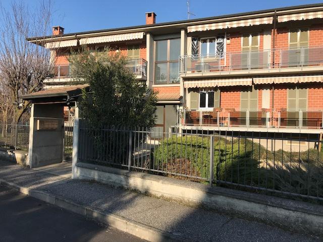 Appartamento in ottime condizioni in vendita Rif. 9793332