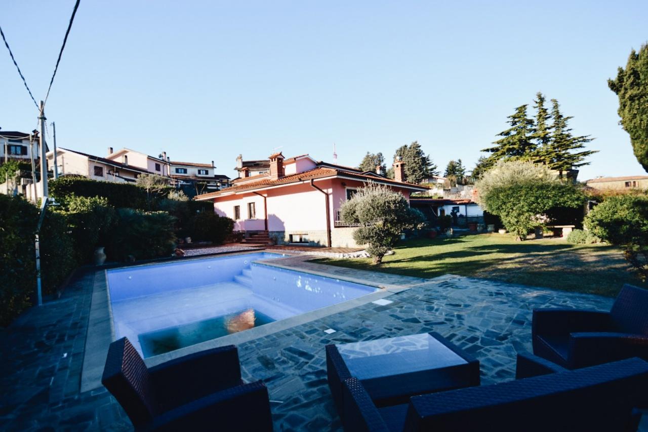 Villa - Casa, 300 Mq, Vendita - Muggia (TS)