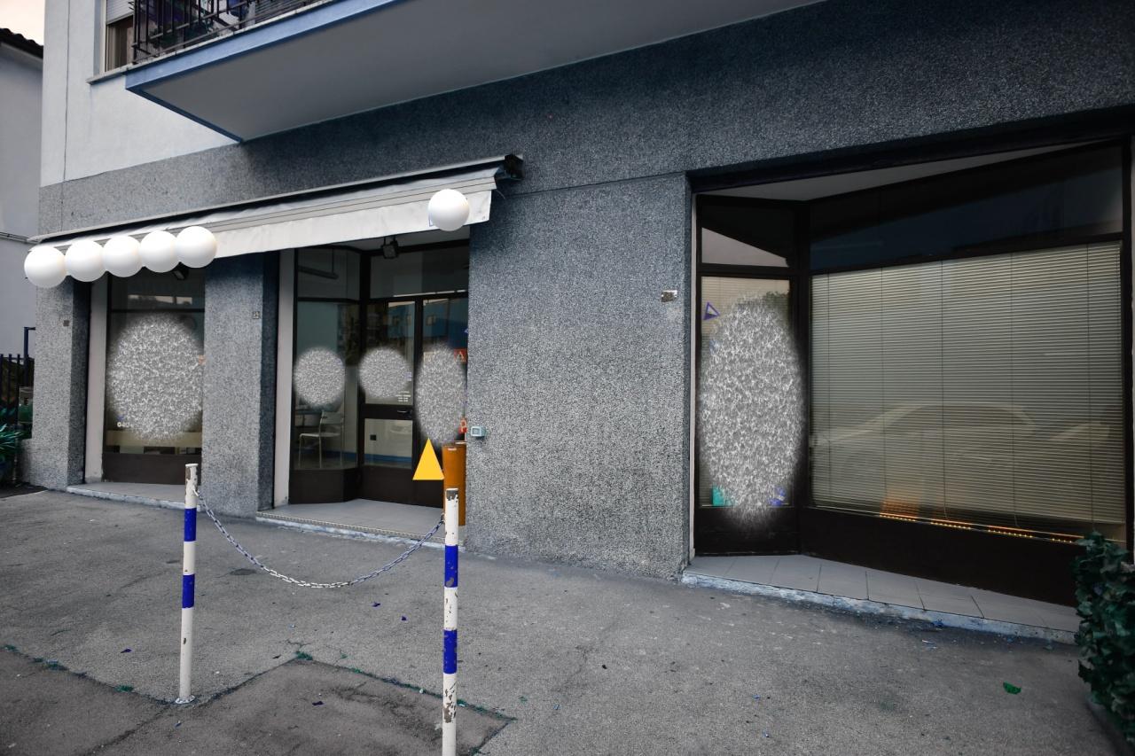 Negozio / Locale in affitto a Muggia, 2 locali, prezzo € 950 | CambioCasa.it