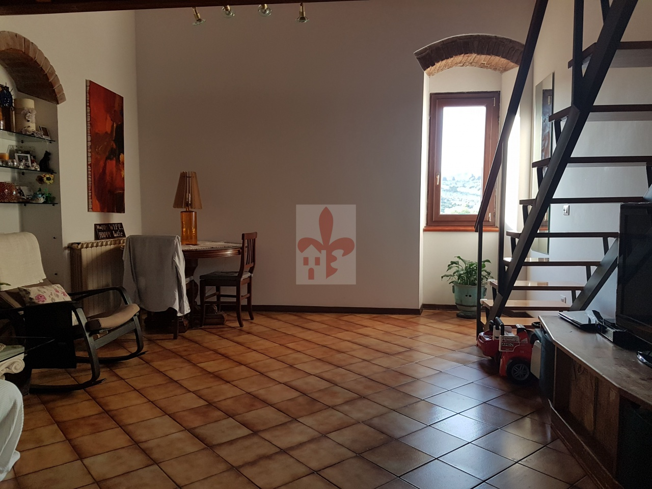 Appartamento in buone condizioni in vendita Rif. 10552799