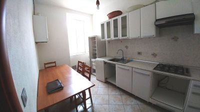 Appartamento in affitto a Trieste, 3 locali, zona Località: CENTRO, prezzo € 450 | Cambio Casa.it