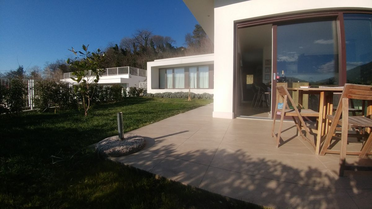 Villa singola TRIESTE COD 48/18