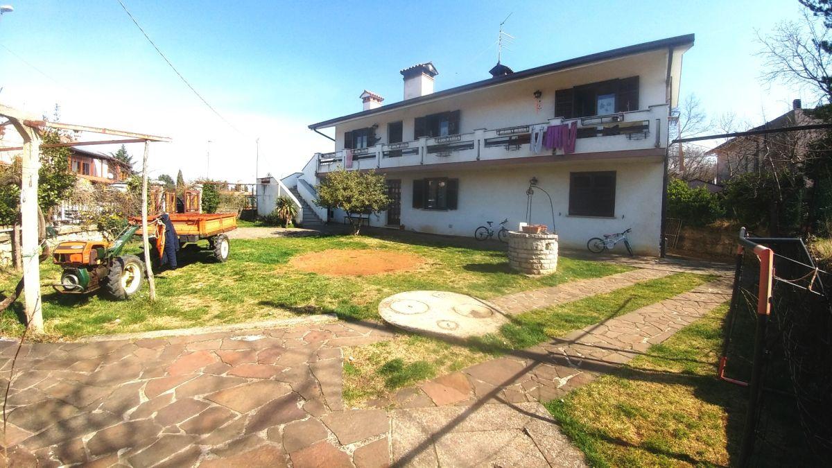 Villetta a schiera ristrutturato in vendita Rif. 9828342