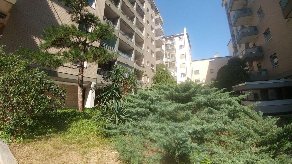 trieste affitto quart: centro pozzecco immobiliare