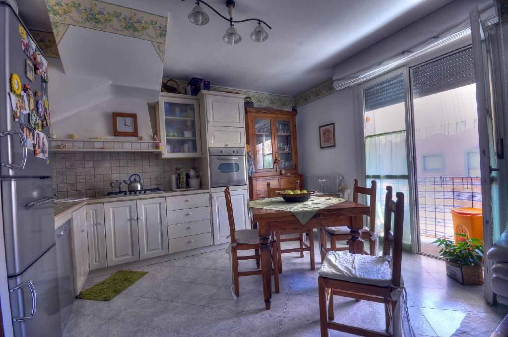 Appartamento in vendita a Portoferraio, 3 locali, prezzo € 300.000 | PortaleAgenzieImmobiliari.it