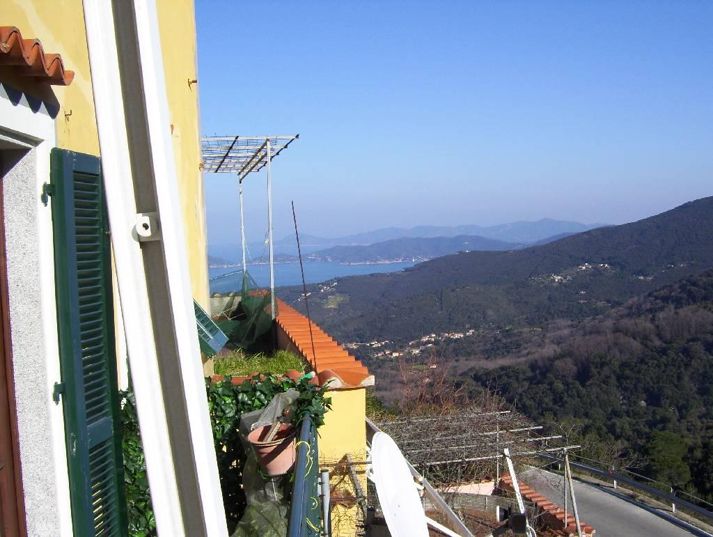 Appartamento in vendita a Marciana, 2 locali, prezzo € 145.000 | CambioCasa.it