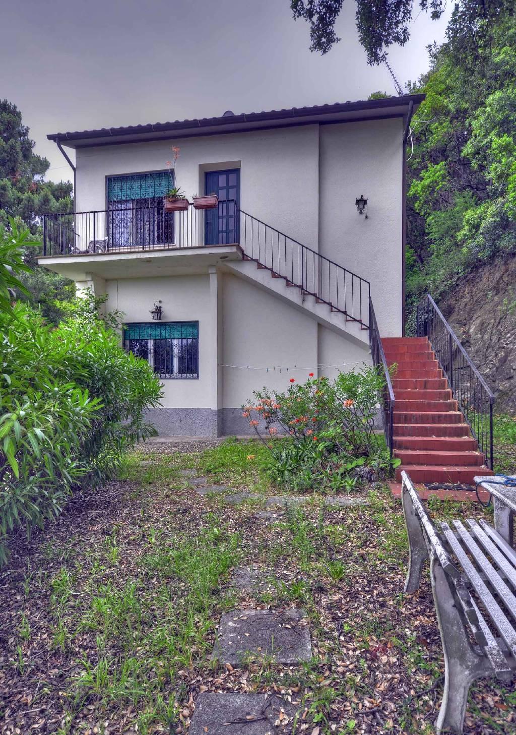 Villa in vendita a Marciana, 4 locali, prezzo € 400.000   CambioCasa.it