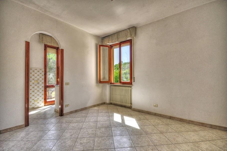 Appartamento in vendita a Portoferraio, 4 locali, prezzo € 240.000 | PortaleAgenzieImmobiliari.it