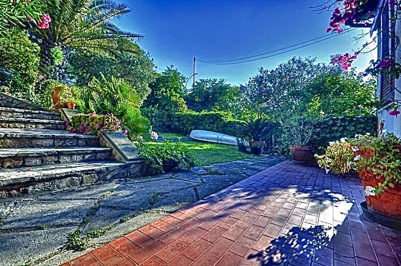 Villa singola PORTOFERRAIO 761B