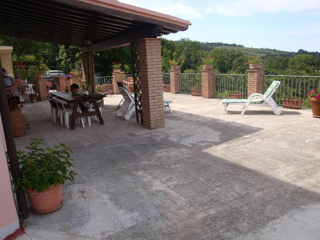 Appartamento in vendita a Castellina Marittima, 5 locali, prezzo € 250.000 | PortaleAgenzieImmobiliari.it