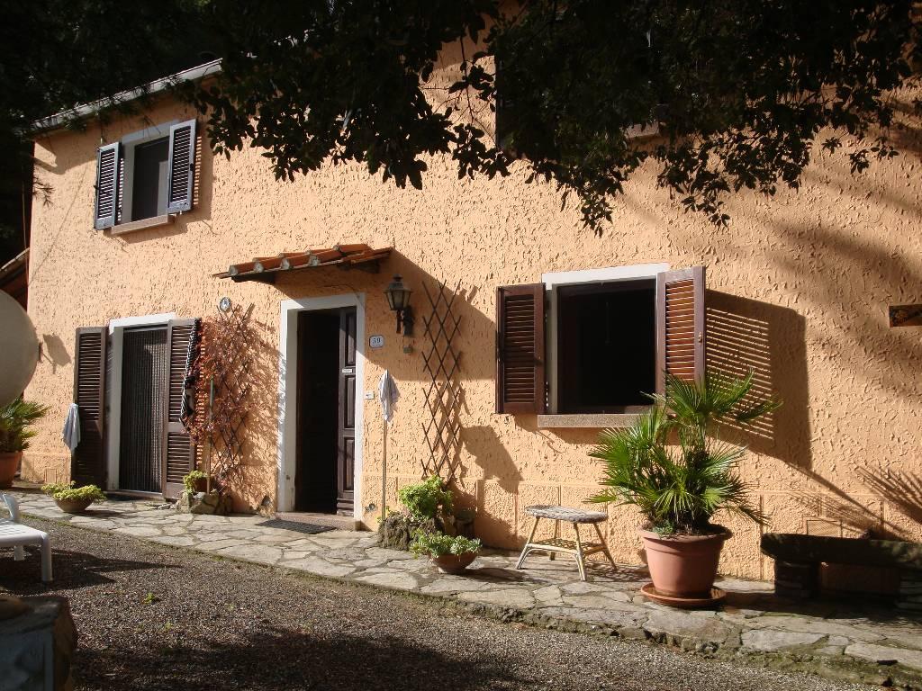 Villa singola in Vendita RIPARBELLA