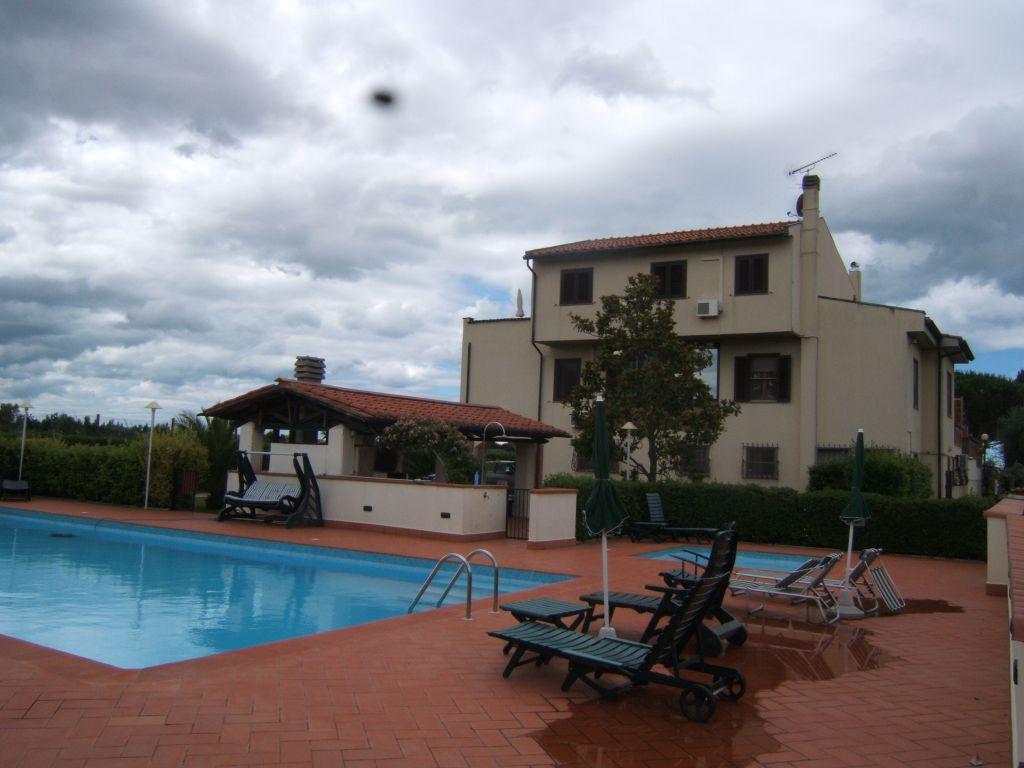 Villa in ottime condizioni in vendita Rif. 4752647