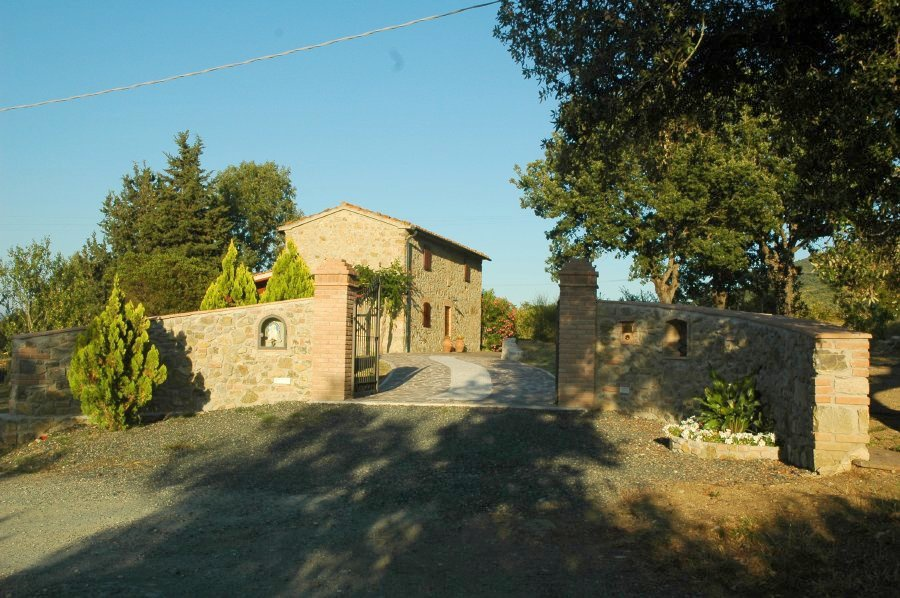 Rustico / Casale in buone condizioni in vendita Rif. 10729515