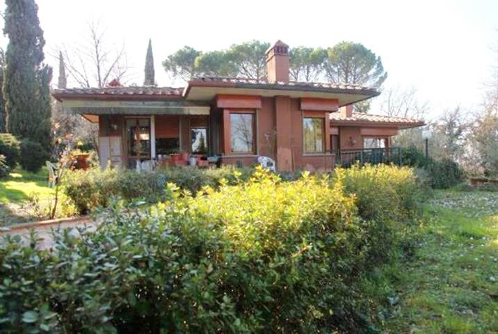 Villa in vendita a Firenze, 8 locali, zona Zona: 19 . Poggio imperiale, Porta Romana, Piazzale Michelangelo, prezzo € 1.250.000 | Cambio Casa.it
