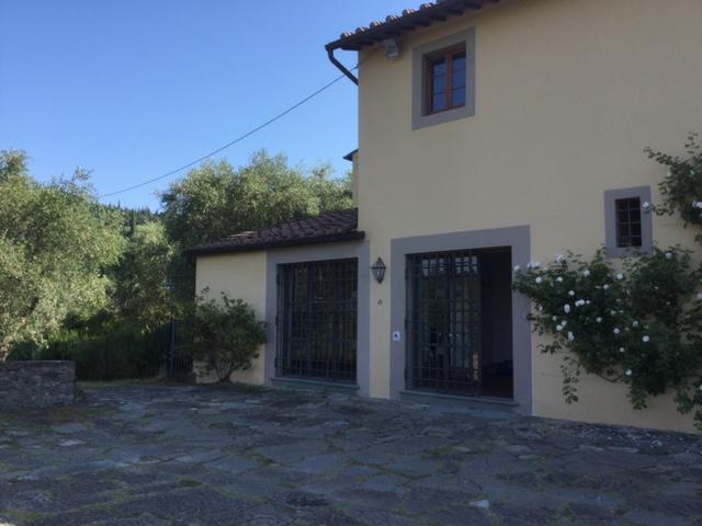 Rustico / Casale in affitto a Firenze, 6 locali, zona Zona: 18 . Settignano, Coverciano, prezzo € 1.900 | Cambio Casa.it