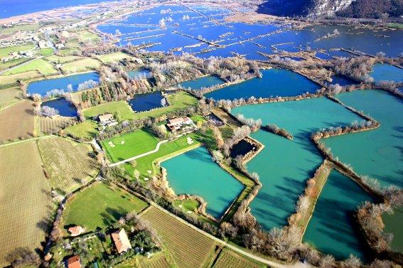 Villa in vendita a Iseo, 13 locali, Trattative riservate | CambioCasa.it