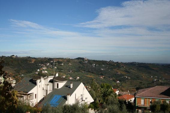 Villa in vendita a Chieti, 7 locali, Trattative riservate | CambioCasa.it