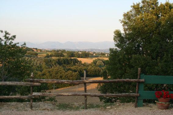 Albergo in vendita a Montefalco, 30 locali, Trattative riservate | CambioCasa.it