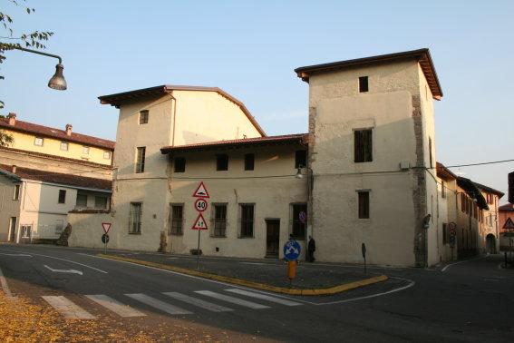 Palazzo / Stabile in vendita a Stezzano, 10 locali, prezzo € 550.000   CambioCasa.it
