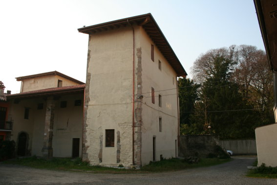 Stabile/Palazzo STEZZANO STEZZ800