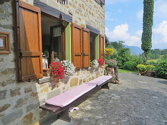 Villa in vendita a Foresto Sparso, 7 locali, Trattative riservate | PortaleAgenzieImmobiliari.it