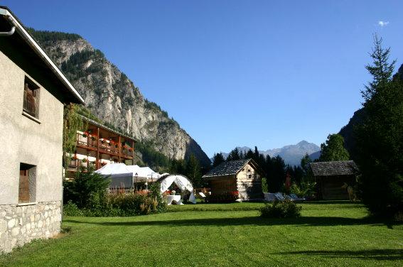 vendita casa indipendente courmayeur   1200000 euro  8 locali  420 mq