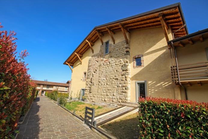 bergamo vendita quart: longuelo studio immobiliare valle - flaminia s.r.l.