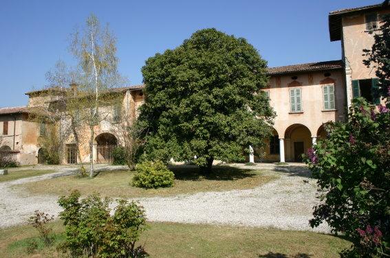 Palazzo / Stabile in vendita a Bedizzole, 50 locali, Trattative riservate   PortaleAgenzieImmobiliari.it