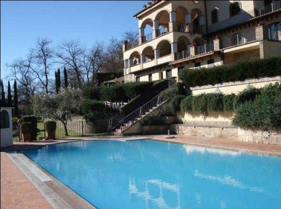 Villa Trevignano Romano Vendita 660 mq riscaldamento autonomo cucina ...
