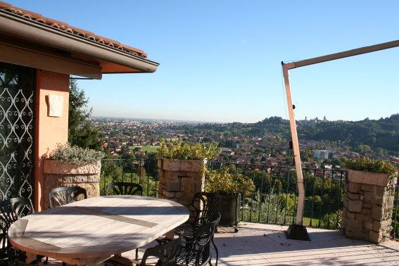 Villa ristrutturato in vendita Rif. 5375301