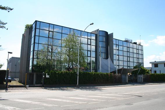 Ufficio / Studio in affitto a Ciserano, 10 locali, Trattative riservate | CambioCasa.it