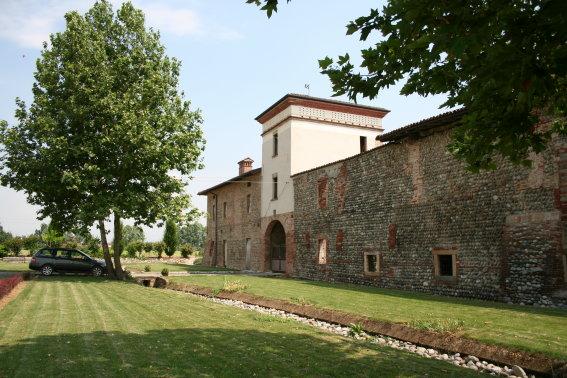 Rustico / Casale in vendita a Martinengo, 50 locali, Trattative riservate   CambioCasa.it