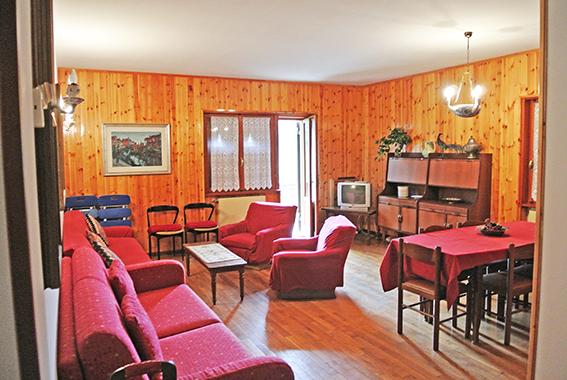 Appartamento in buone condizioni arredato in vendita Rif. 5375411
