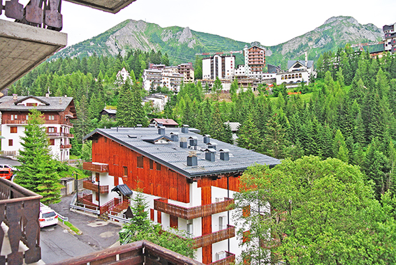 foppolo vendita quart:  studio immobiliare valle - flaminia s.r.l.