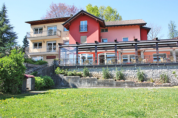 Albergo in vendita a Leffe, 25 locali, Trattative riservate | PortaleAgenzieImmobiliari.it